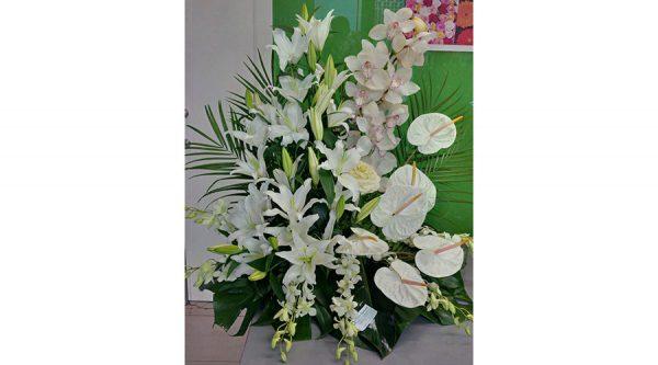 Centro floral para nacimientos