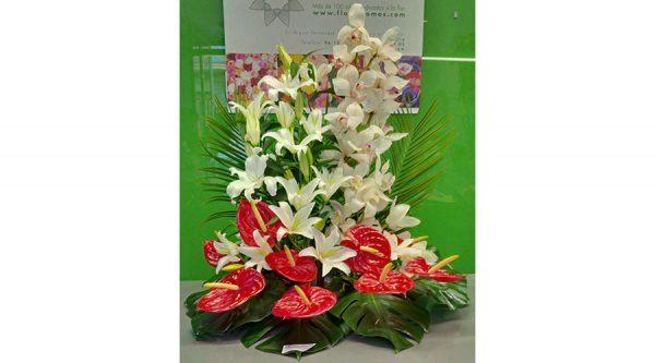 Centro floral para nacimiento